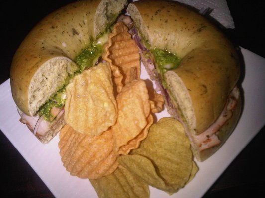 Turkey Pesto bagel sandwich
